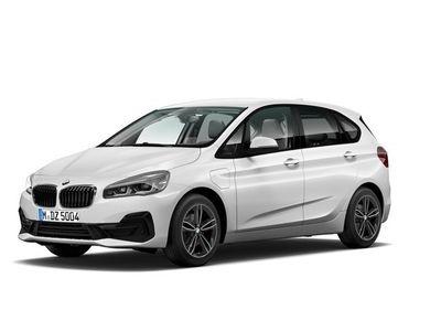 begagnad BMW 225 Active Tourer xe Model Sport Parking