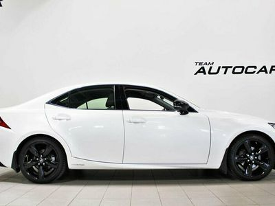 begagnad Lexus IS300h IS2.5 CVT Special Edition Euro 6 223hk