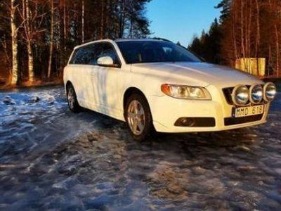 begagnad Volvo V70 D5 AWD Momentum