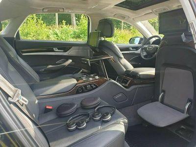 begagnad Audi A8L 4H