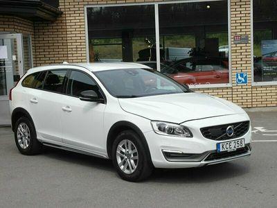 begagnad Volvo V60 CC T5 Momentum (245hk) KAMERA-NAVI-VÄRM