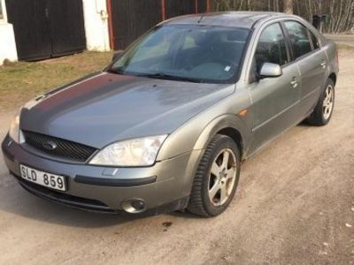 brugt Ford Mondeo Ghia - 01 -01