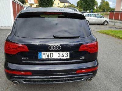 gebraucht Audi Q7 S-line -13