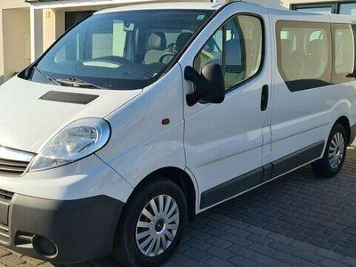 begagnad Opel Vivaro Kombi 2.0 CDTI GPS 9 SITTS
