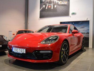 begagnad Porsche 911 Turbo S PanameraE-Hybrid