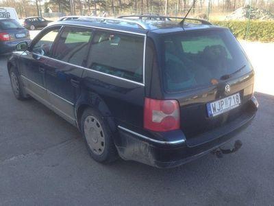 begagnad VW Passat 1,8t kombi manuell drag bes -05