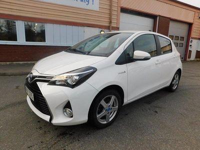 begagnad Toyota Yaris Hybrid 1.5 VVT-i CVT Euro 6 101h