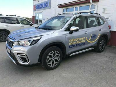 begagnad Subaru Forester 2.0 4WD Aut Base 150hk inkl vhjul, drag, mv