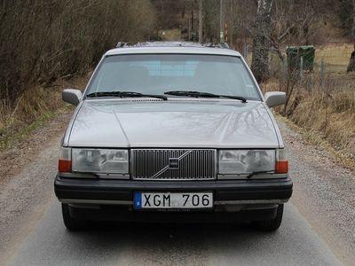begagnad Volvo 945 2.3 135 HK Automat / Taklucka