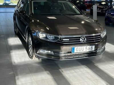 begagnad VW Passat Sportscombi 2.0 TDI SCR BlueMotion 4Motion DSG