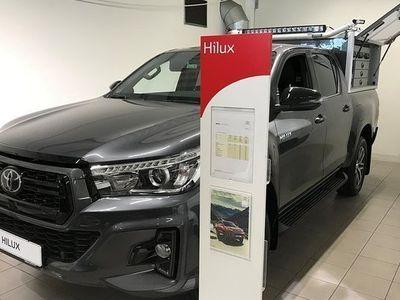 begagnad Toyota HiLux Ultimate 2,4D Automat Skinnklädsel 2019, Transportbil 389 875 kr