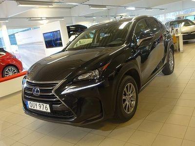 begagnad Lexus NX300h 2.5 AWD HYBRID COMFORT V-HJUL