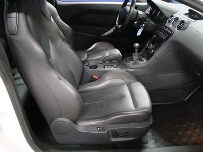 begagnad Peugeot RCZ GT 1,6 TURBO 200HKR