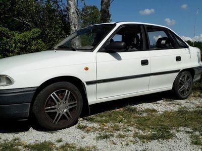 begagnad Opel Astra -97
