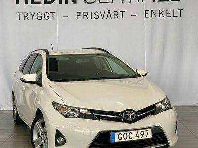 begagnad Toyota Auris Touring Sports 2.0 D - 4D 124hk Drag V - Hjul
