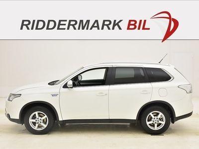 brugt Mitsubishi Outlander P-HEV 2.0 4WD 121hk DRAG SKINN MOMS