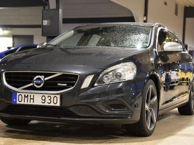 begagnad Volvo V60 T4F R-Design Momentum Drag Automat 2012, Kombi Pris 97 700 kr