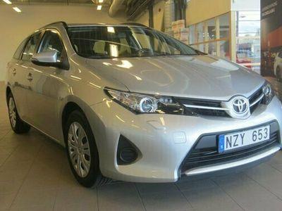 begagnad Toyota Auris Touring Sports 1.6 Active TKG 2014, Halvkombi Pris 129 000 kr