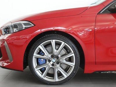 begagnad BMW M135 i xDrive M-Sport Navi Aut