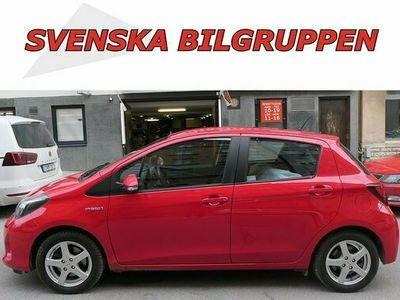 begagnad Toyota Yaris Hybrid 1.5 VVT-i CVT Euro 6 S-V Alu 2016, Halvkombi Pris 99 900 kr