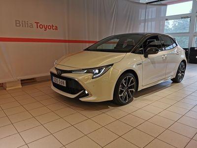 begagnad Toyota Corolla 2.0 Hybrid Executive Bi-Tone
