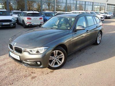 begagnad BMW 320 d Touring Model Sport, Automat, Navigation