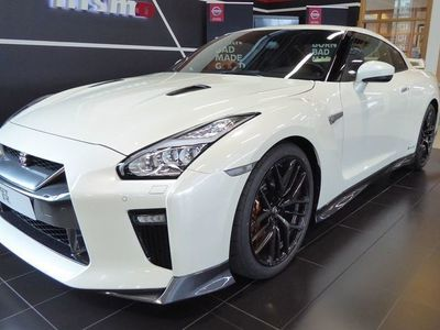 begagnad Nissan GT-R GT-R 570 BLACK EDITION 6A/T COLD PACK
