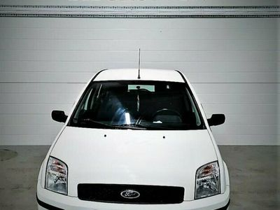 begagnad Ford Fusion 1.6 100hk NyBesikstad
