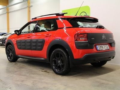 begagnad Citroën C4 Cactus e-Hdi