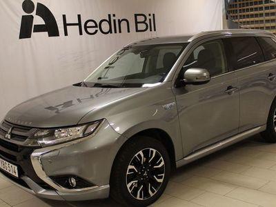 begagnad Mitsubishi Outlander PHEV 4WD 121hk Drag S+V-Hjul