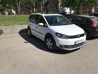 begagnad VW Touran Cross 2,0tdi DSG 7sits -11