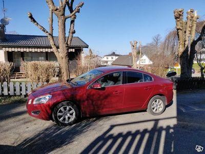begagnad Volvo S60 T3 Momentum -11