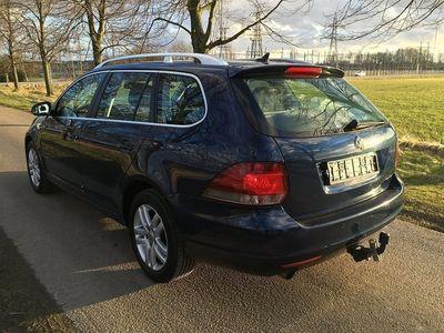 begagnad VW Golf 1,6 7 växlad Highline, GPS, Drag, MM