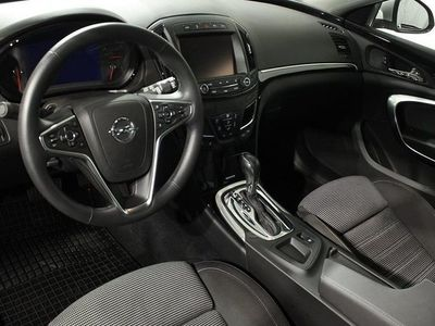begagnad Opel Insignia Business ST 2.0 CDTI AT6 4x4 2016, Kombi 239 900 kr