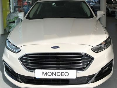 begagnad Ford Mondeo Kombi Hybrid