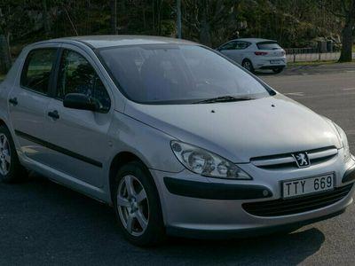 begagnad Peugeot 307 XR 1,6 5D