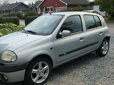 begagnad Renault Clio R.S. 5-dörra Halvkombi 1.4