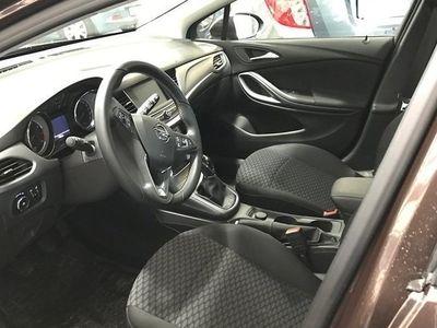 begagnad Opel Astra Enjoy 5d 1.4 Turbohk Halvkombi