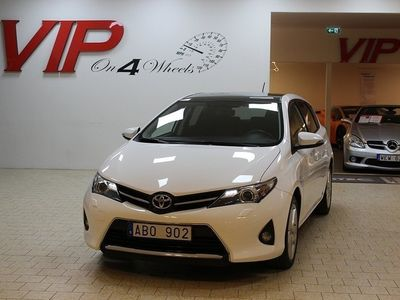 begagnad Toyota Auris 1.6 (132hk) Glastak Drag Backkamera