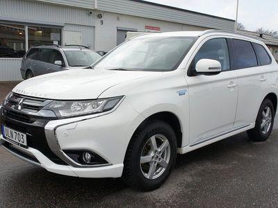 begagnad Mitsubishi Outlander P-HEV PHEV 2.0 Hybrid 4WD 203hk