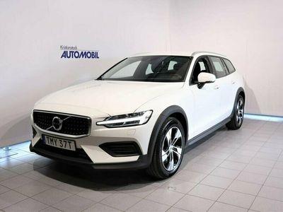 begagnad Volvo V60 CC D4 AWD SE II 2020, Kombi Pris 349 900 kr