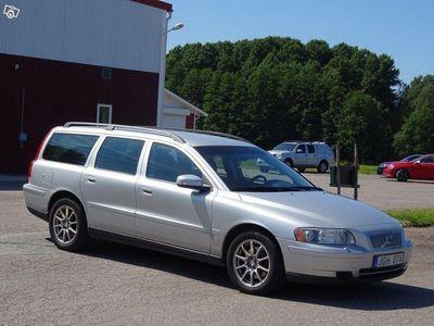 """second-hand Volvo V70 2.5T 210hk 16""""mil Avbet 299kr"""