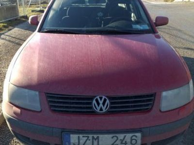 brugt VW Passat 1.8 BENSINSNÅL Å BILLIG -98