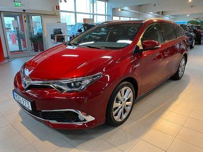 begagnad Toyota Auris 1.8 HSD Executive Kombi Automat