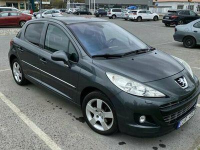 begagnad Peugeot 207 207