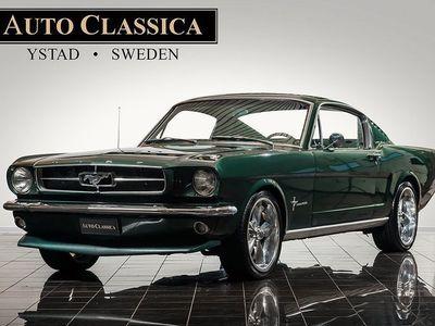 begagnad Ford Mustang Fastback