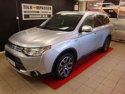 begagnad Mitsubishi Outlander P-HEV 2.0 Hybrid 4WD CVT -15