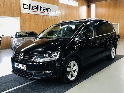 begagnad VW Sharan TDI Premium 7-Sits Pano GPS 140hk