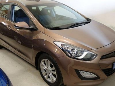 usata Hyundai i30 CW 1.6 GDI 135hk 3,573 Mil -14
