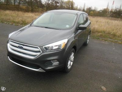 gebraucht Ford Kuga (Escape) AWD 1.5 Turbo 182HP -17